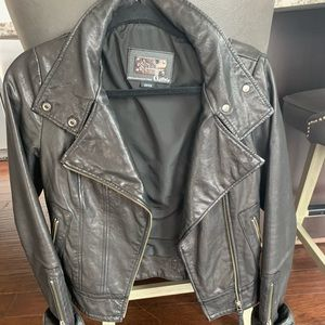 REAL LEATHER JACKET! Aritzia